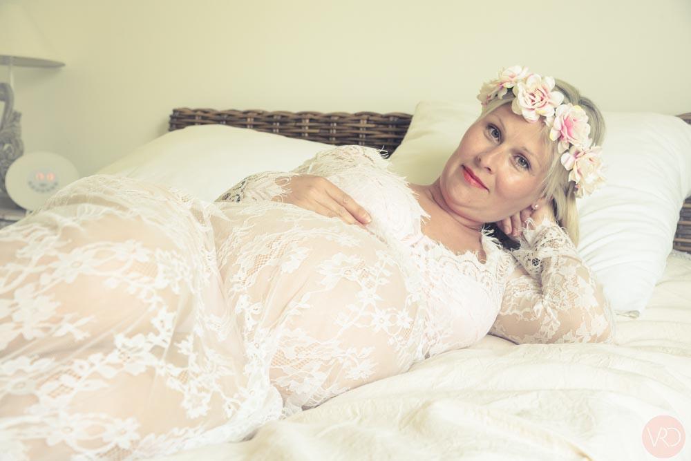 VRO Photo - Véronique Rochelle est photographe des événements comme la grossesse dans le secteur de Nantes - Rennes et sur toute la France