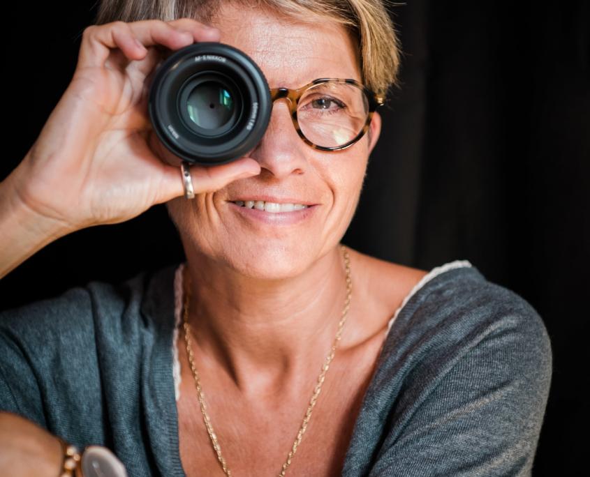 VRO Photo - Véronique Rochelle est une photographe de moment de la vie dans le secteur de Nantes - Rennes et sur toute la France
