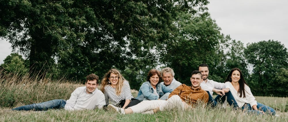 VRO Photo - Véronique Rochelle est une photographe de famille dans le secteur de Nantes - Rennes et sur toute la France